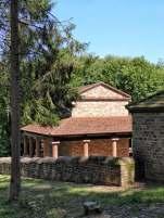 An einer wichtigen Römerstraße nach Trier wurde auf dem Metzenberg bei Tawern eine Tempelanlage errichtet.