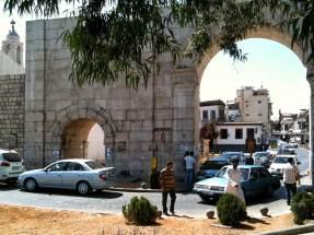 Bāb Sharqi, das östliche Stadttor an der Altstadt von Damaskus aus römischer Zeit.