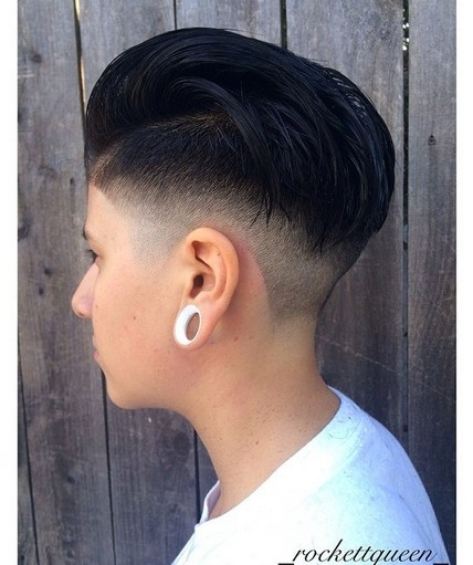 Trendy-Short-Pixie-Hairstyles-for-Girls-naemi