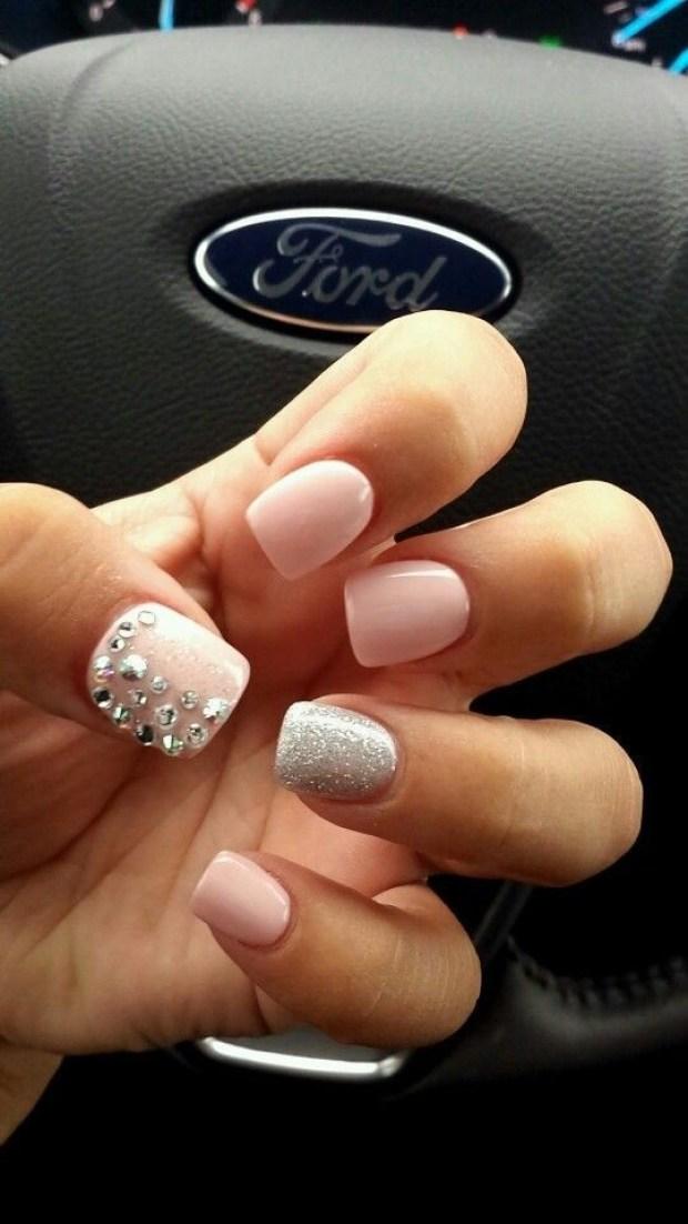 short-nails-pastels-540x960
