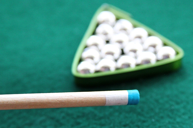 DIY-Gift-for-Dad-Mini-Pool-Table-16