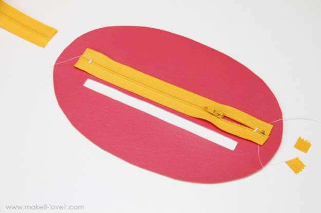 Zipper-Mouth-Pencil-Case-4