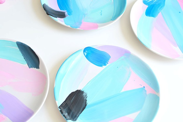 how to paint ceramic plates
