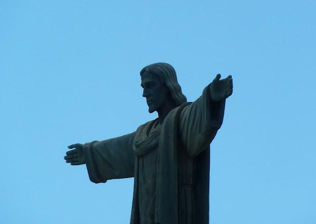 Kurtarıcı İsa Heykeli dominik