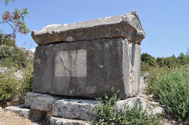 Rhodiapolis Antik Kenti lahit