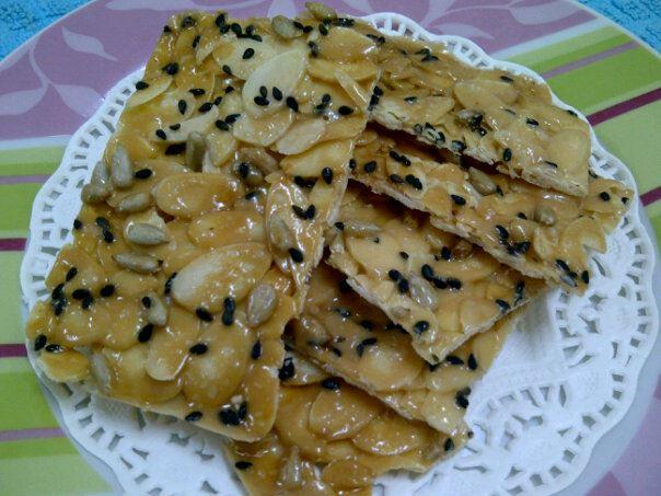 Roti sarang lebah ala-ala krunchy karamel almond (6/6)