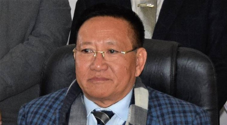 Zeliang mulls merging with BJP