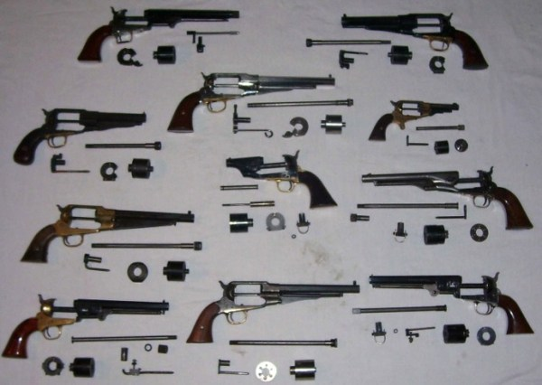 Gun converters being moved by NSCN (IM)  member seized at Delhi airport