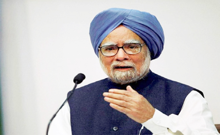 India headed for slowdown: Ex-PM Manmohan Singh