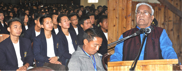 Make students' employable: Guv