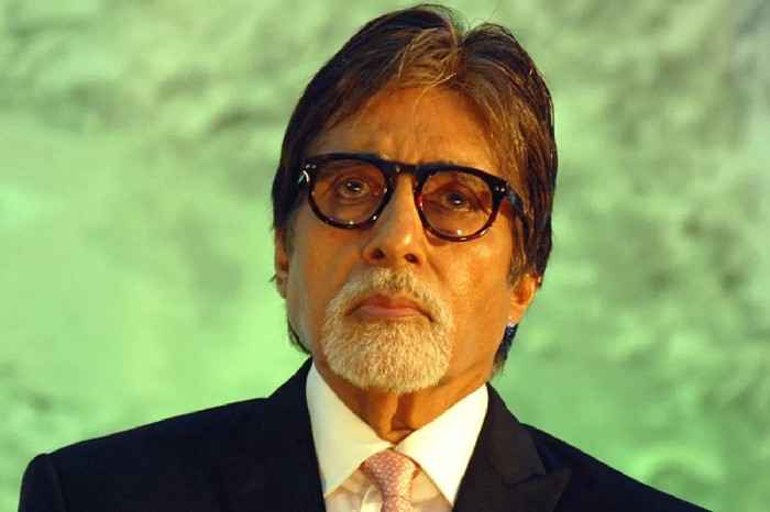 Amitabh Bachchan is the most  engaging Indian actor on Facebook