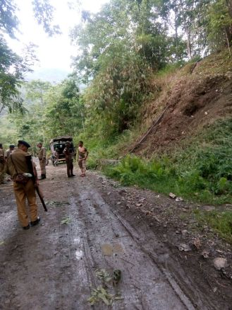 2 AR jawans killed, 6 others injured  in NSCN (K) ambush near Aboi town
