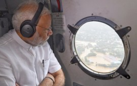 PM announces immediate relief of Rs 500 cr to flood-hit Kerala