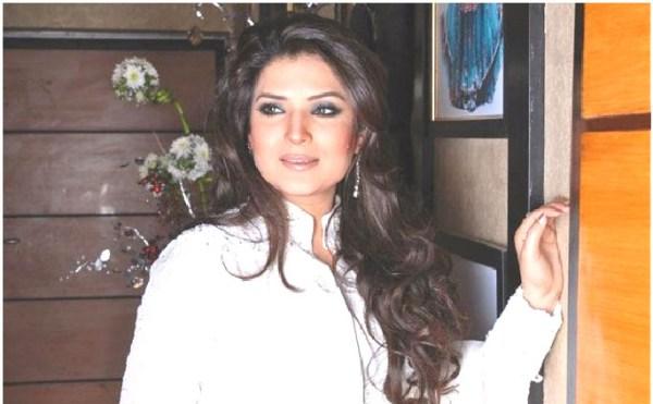Pakistani actress-singer Reshma shot dead, husband under suspicion