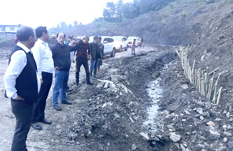 CM inspects NH 29