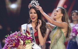 Philippines' Catriona Elisa Gray crowned Miss Universe 2018