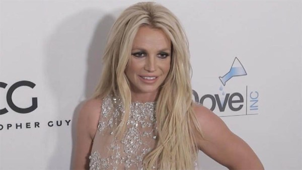 Britney Spears' manager says the singer may never perform again