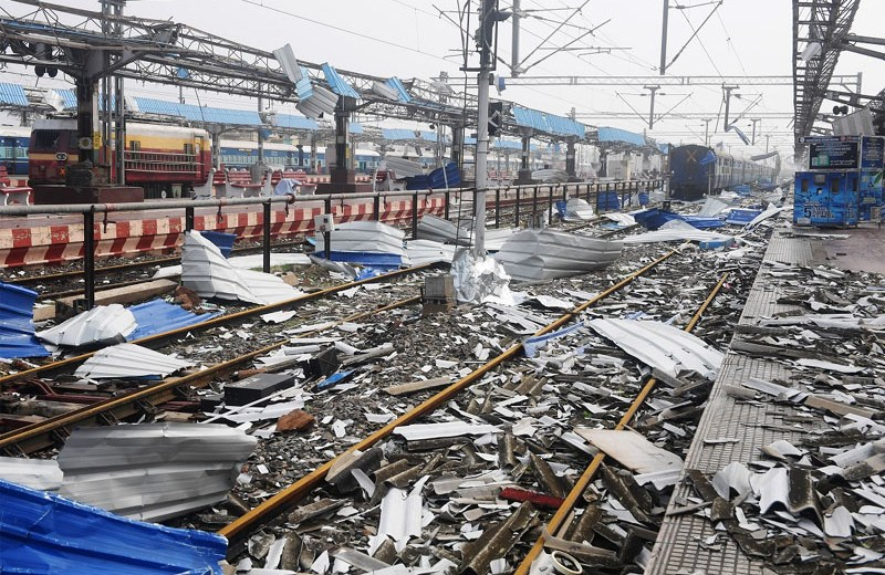 Centre reviews relief measures in  Odisha, West Bengal, Andhra Pradesh