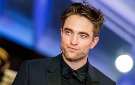 Robert Pattinson to  play Batman after Affleck's exit