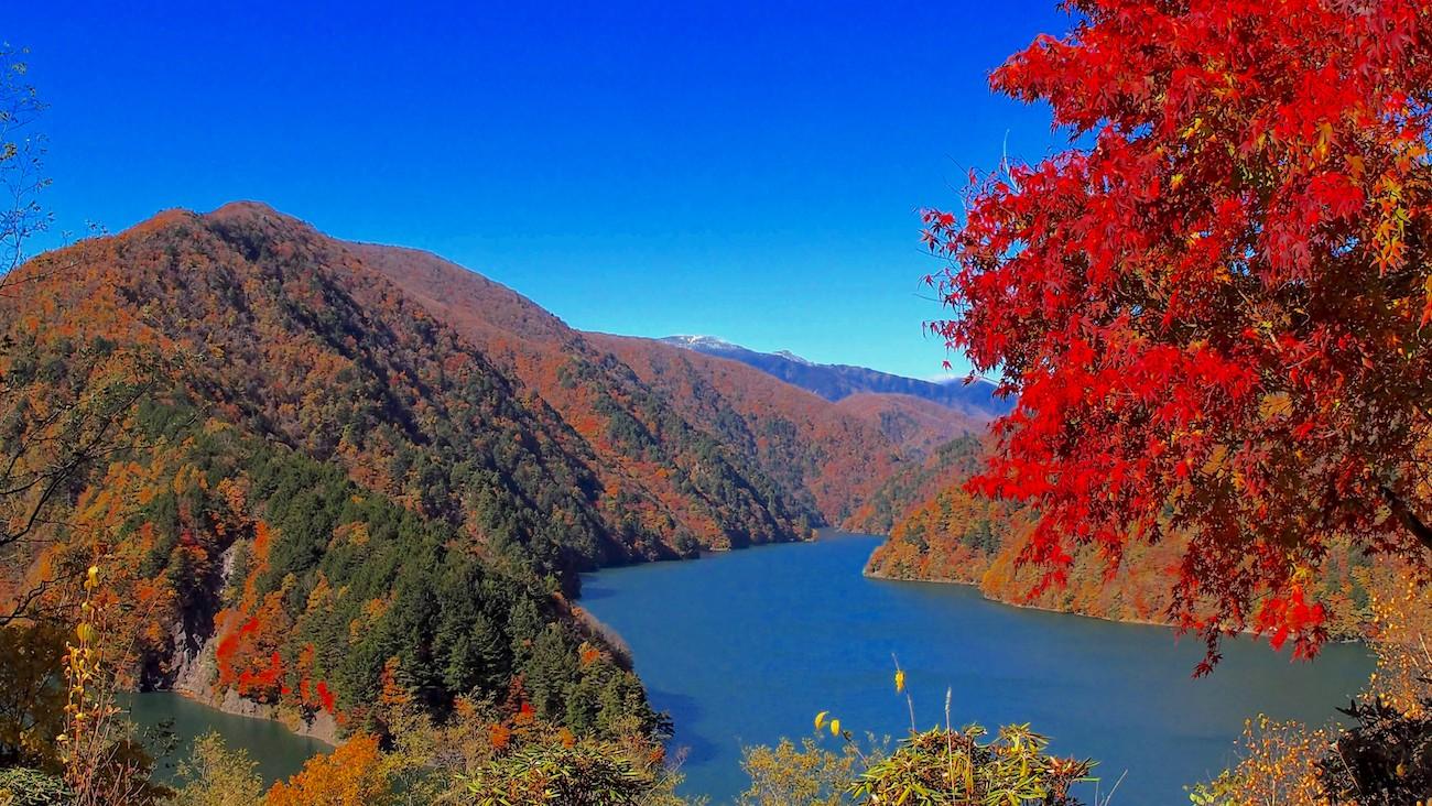 Nagawato dam in autumn in Nagano