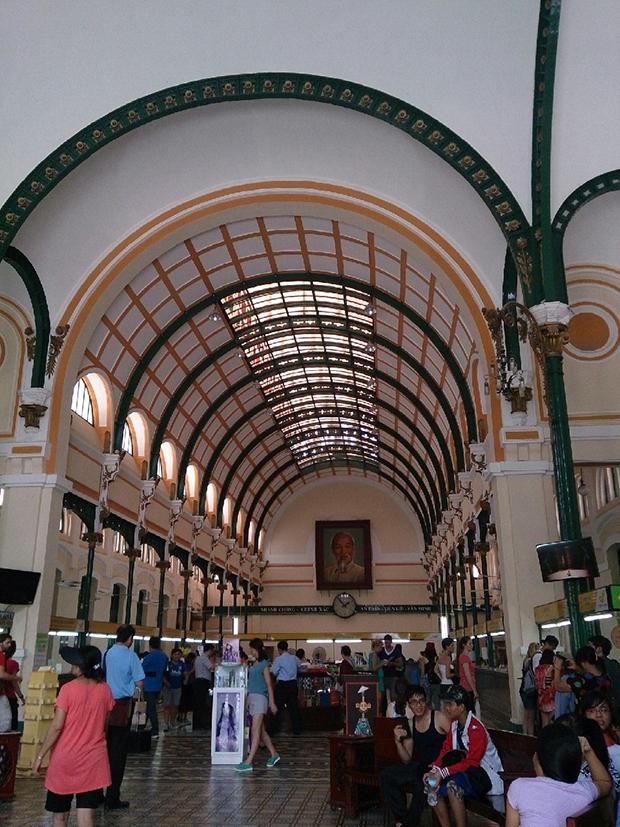 ベトナム・サイゴン中央郵便局
