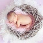 赤ちゃんの胃はとっくり型で吐き易い!容量と大きさの変化は?