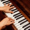 ピアノの独学は大人から始めても引ける?練習方法や運指