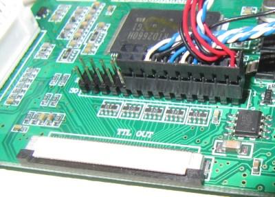 Le connecteur correctement branché