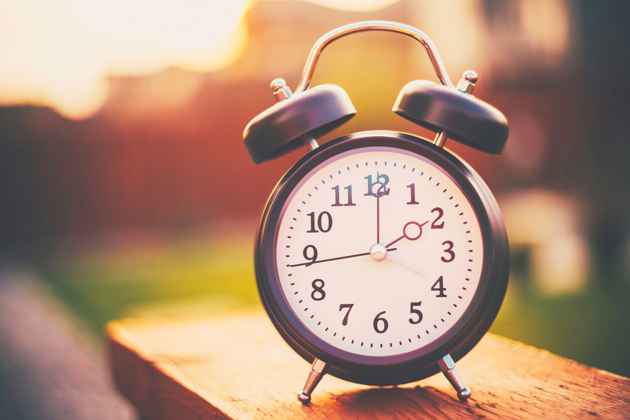 Clock showing daylight savings time.