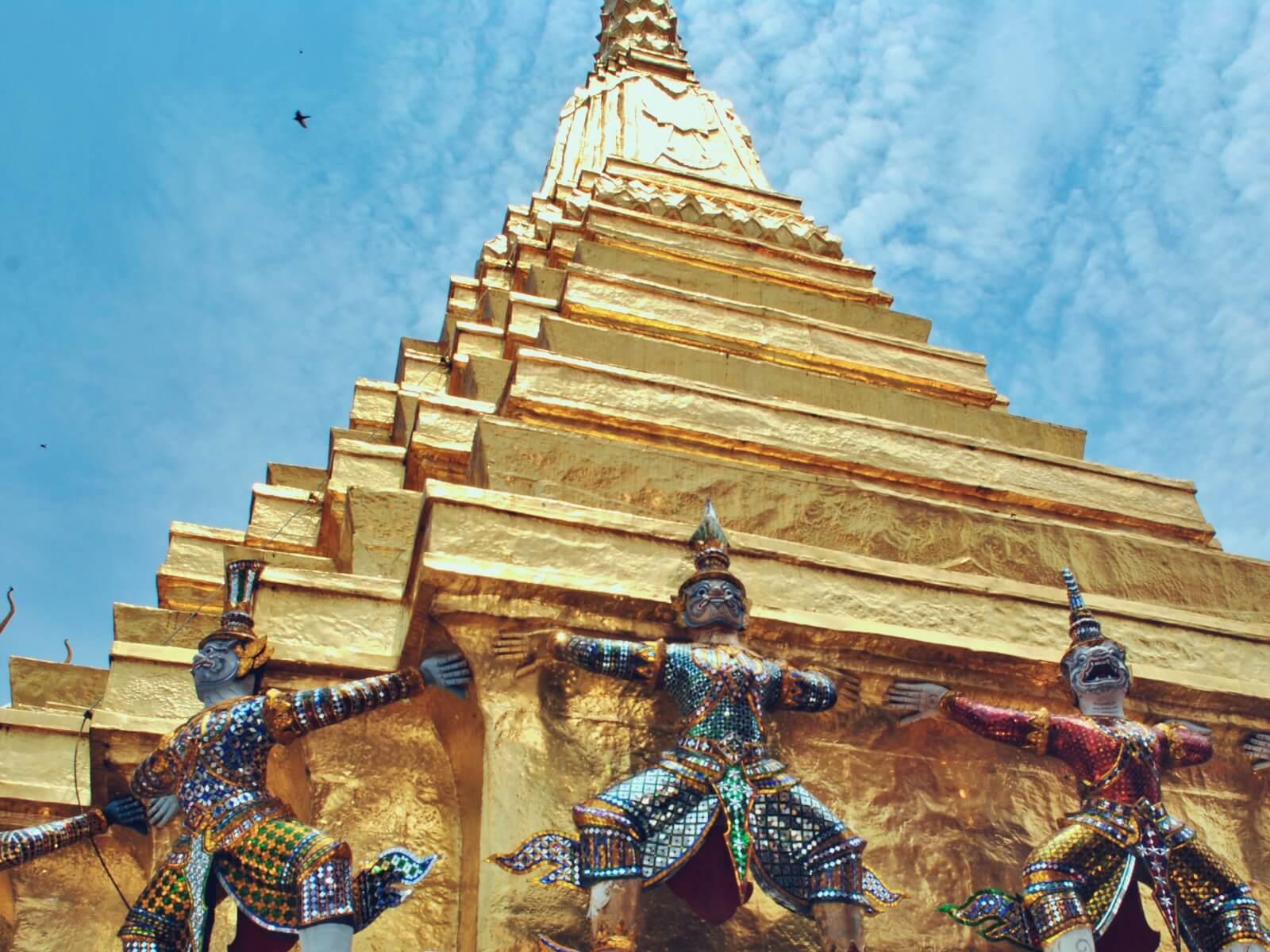 Złota stupa z pałacu królewskiego w Bangkoku.