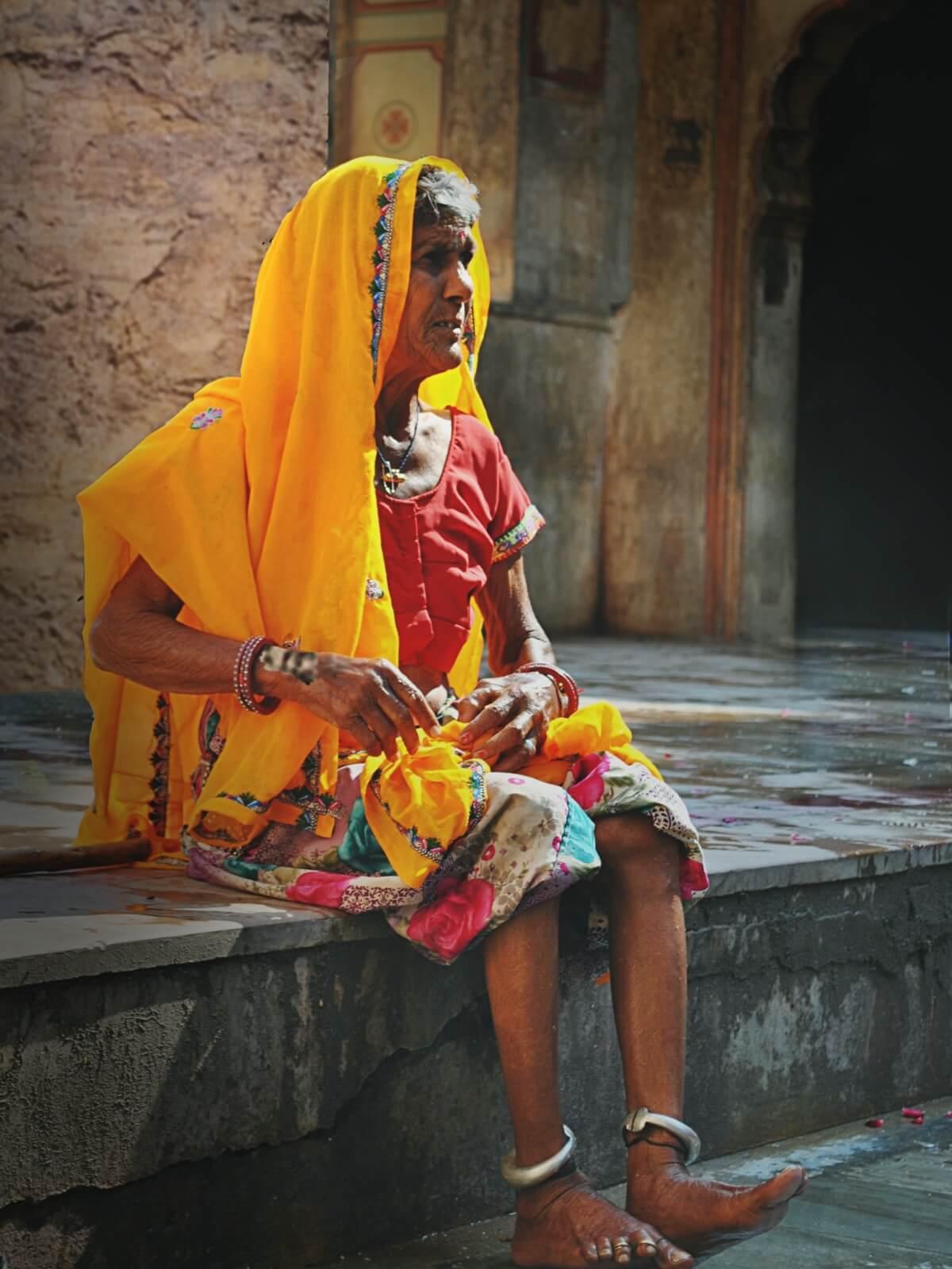 Stara hinduska spotkana w Jaipur w Indiach
