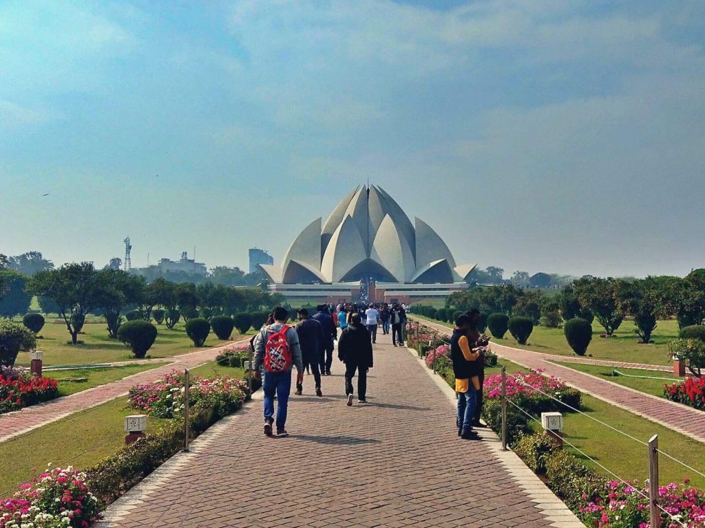 Świątynia Lotosu w Delhi, w Indiach.
