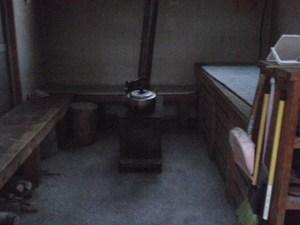 七合目避難小屋のストーブ
