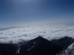 真教寺尾根と雲海