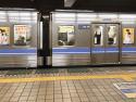 地下鉄名城線東別院駅「大曽根方面/右回り」のホーム・後方にエレベーターがある場所から撮影