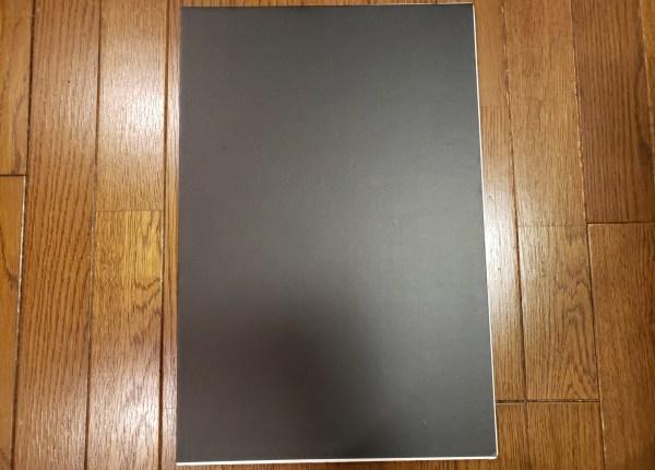 【100均の商品で黒の撮影背景を作る!】Seria(セリア)とDAISO(ダイソー)で材料費は220円