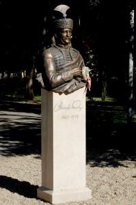 k 000a Károlyi Sándor szobor DSC_8668