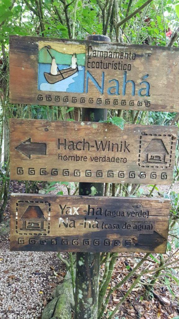 Foto: Señalización Campamento Ecoturistico Naha Jungle Lodge