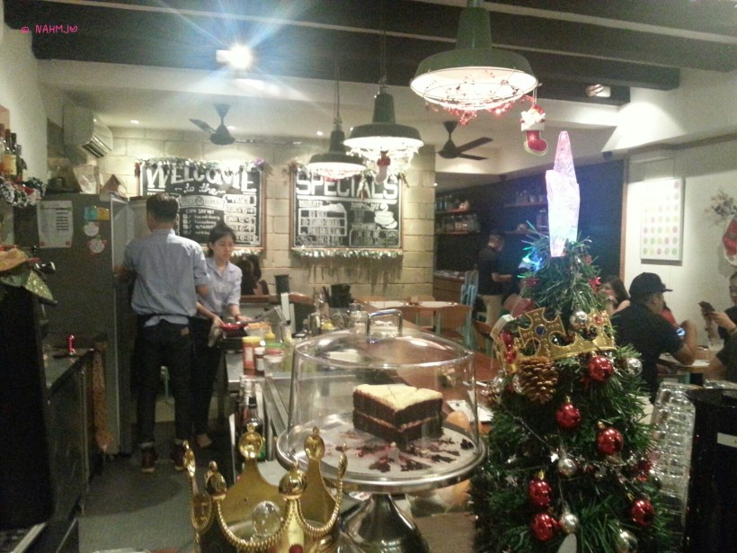 Five and Dime Eatery - Interior with Xmas Deco