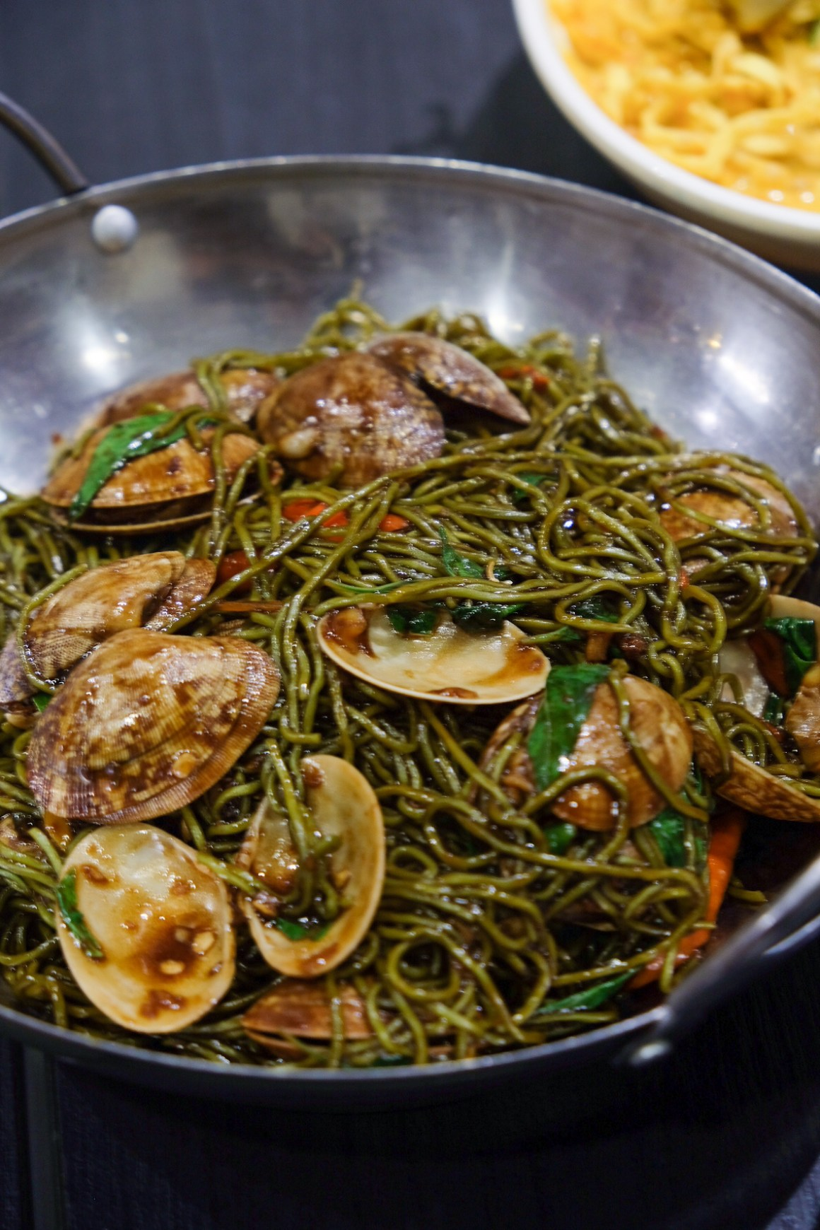 Signature Jade Noodles with Flower Clams