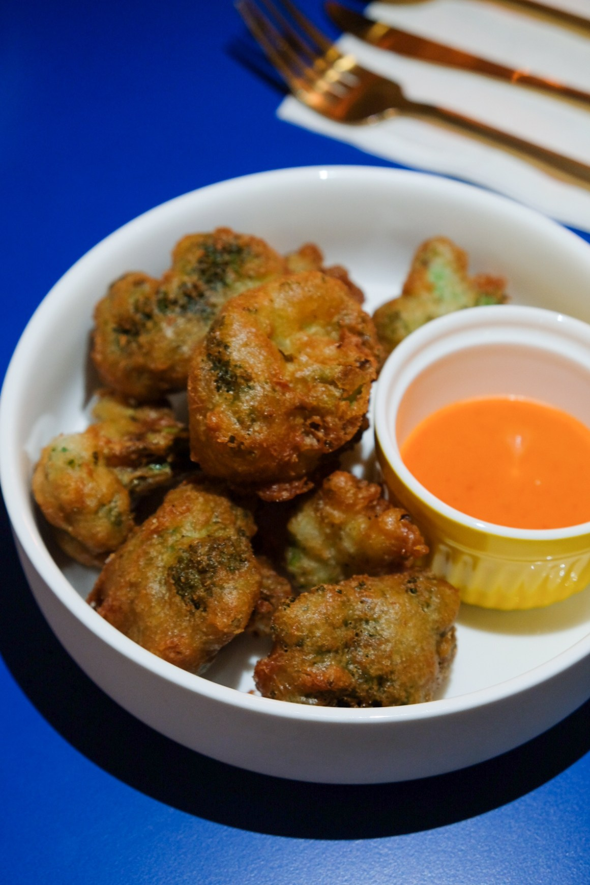 The Garden Club Serving Healthy Food At Downtown Gallery - Broccoli Tempura with Gochujang Mayo