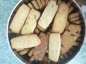 8 Mixed Cookies (Large)