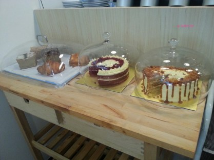 Cakes & Pastries Table