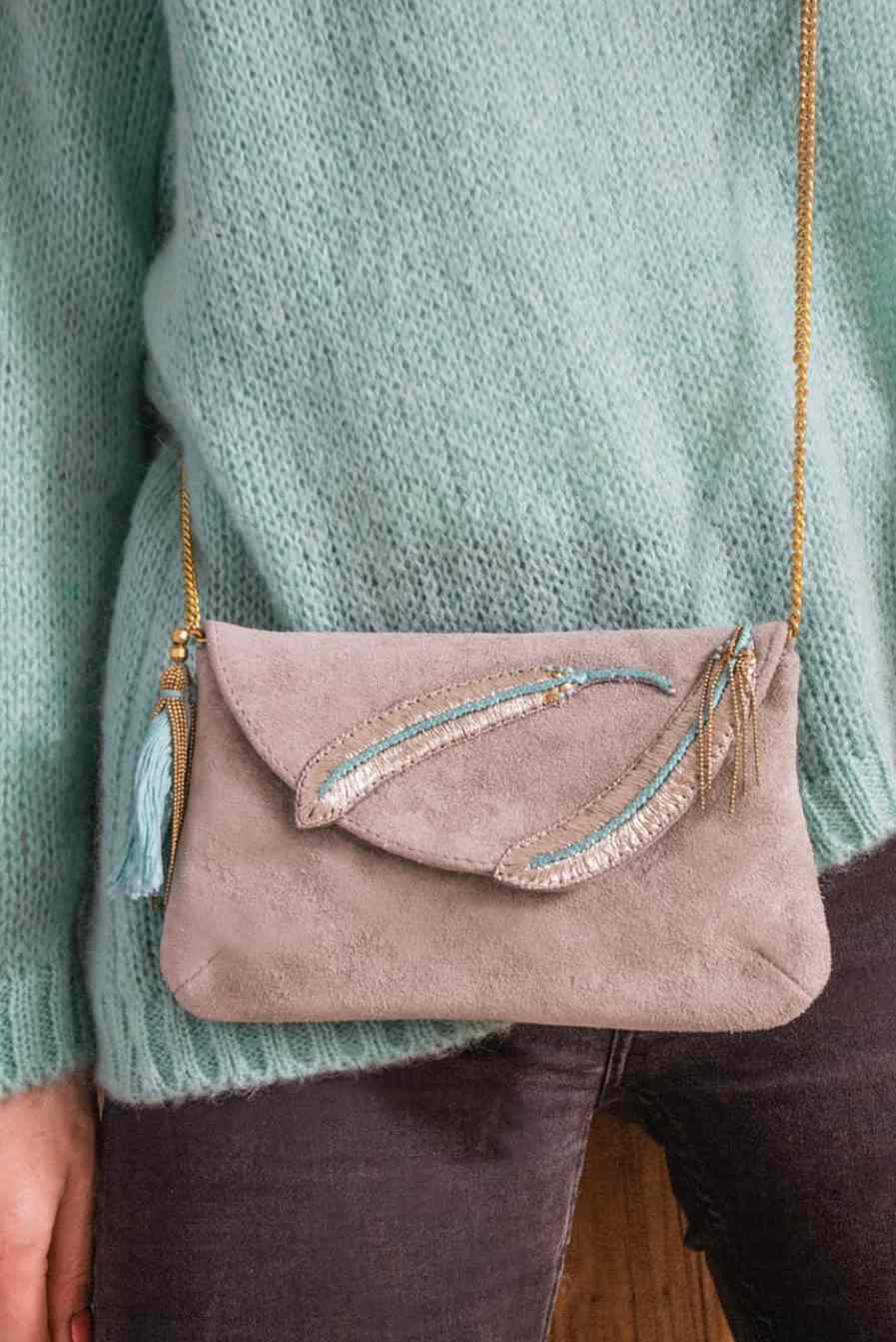 Diva embroidered bag - Turquoise | Photo 1