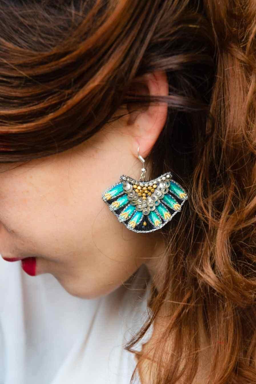 Boucles d'oreilles ethniques Nidhi | Green | Photo 1