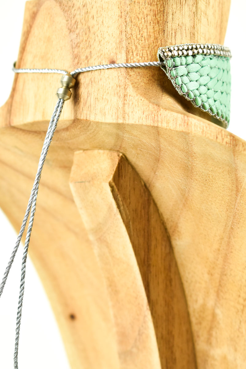 Chocker brodé en cuir Anabel | Turquoise | Photo 3