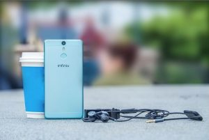 infinix hot s x521 official picture