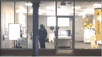 Photo of Iphones And Tablet Taken From Sprint Store Robbery, USA Police Say