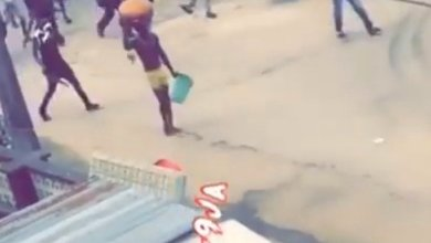 Photo of Yahoo Plus Guy Caught Carrying Big Sacrifice In Lagos Earlier Today