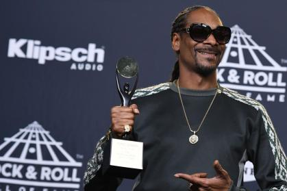 Snoop Dogg Greatest Hits - The Best Of Snoop Dogg Of All Time - 71.04 Mb